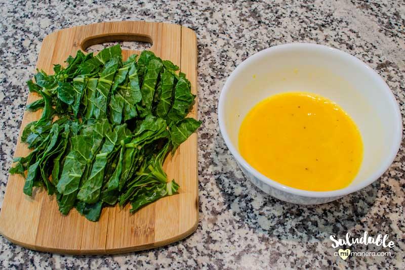 acelga picada y huevo con yogurt griego